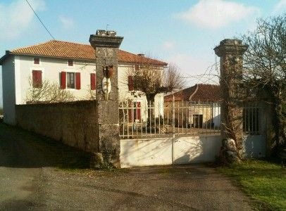 Commercial property for sale in St-Projet-St-Constant, Charente, France