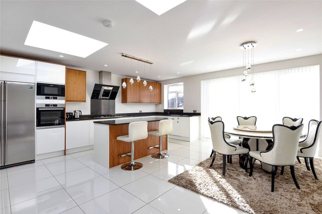 3 bed semi-detached house for sale in Sefton Avenue, Mill Hill