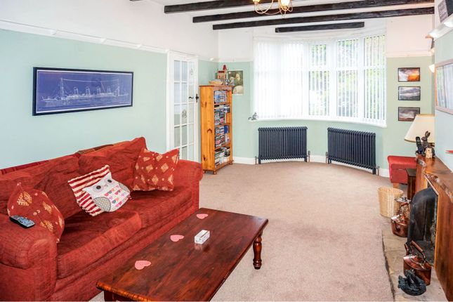 Living Room of Hartfield Road, Leicester LE5