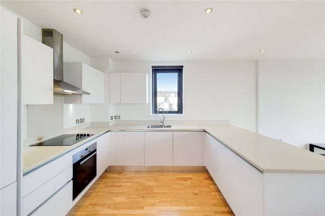 3 bed flat for sale in Leigham Court Road, Streatham, London SW16