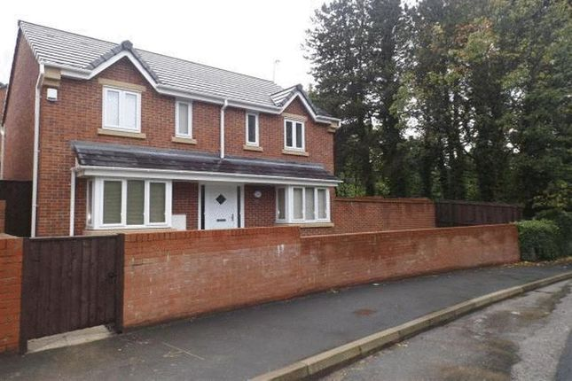 Thumbnail Detached house to rent in Crescent Fold, Mottram Road, Broadbottom, Hyde