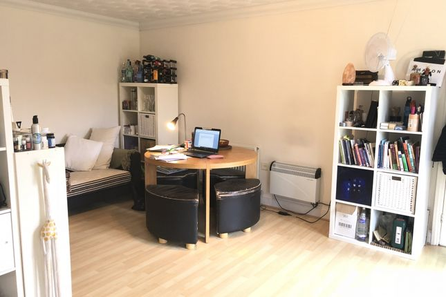 Thumbnail Flat to rent in Wick End, Stagsden, Bedford