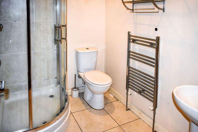 Bathroom of 49 Ballygomartin Road, Belfast BT13
