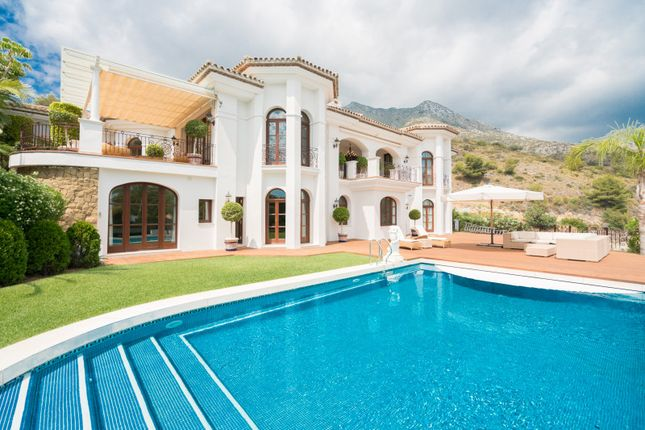 Thumbnail Villa for sale in Sierra Blanca, Marbella Golden Mile, Malaga, Spain