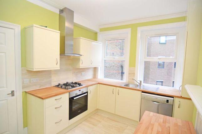 Thumbnail Maisonette to rent in Broad Street, Teddington
