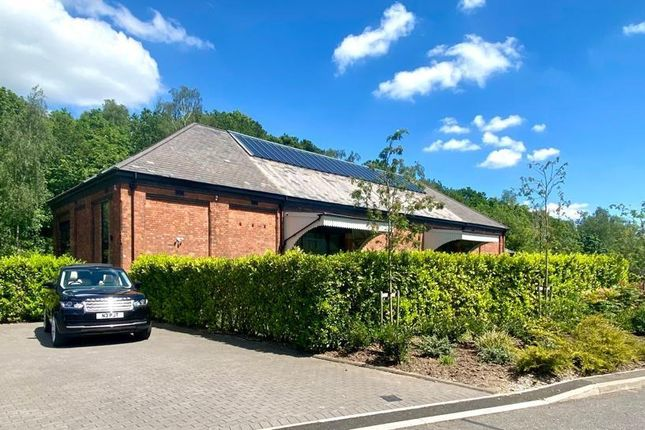 Thumbnail Detached house to rent in Thomas De Beauchamp Lane, Sutton Coldfield