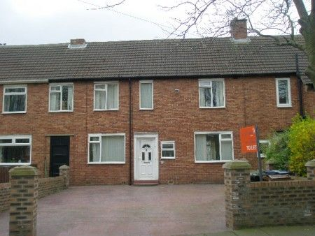 Thumbnail Terraced house to rent in Marlborough Avenue, Newcastle Upon Tyne