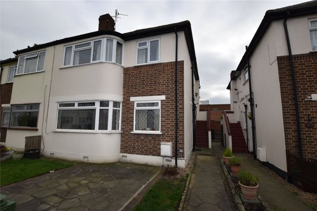 Thumbnail Maisonette for sale in Russell Close, Bexleyheath, Kent