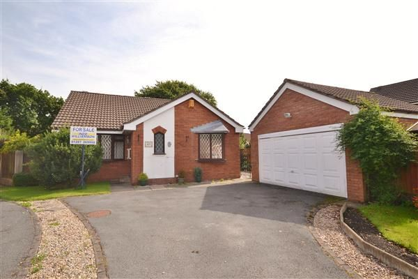 3 bed bungalow for sale in Rowan Croft, Clayton Le Woods, Chorley