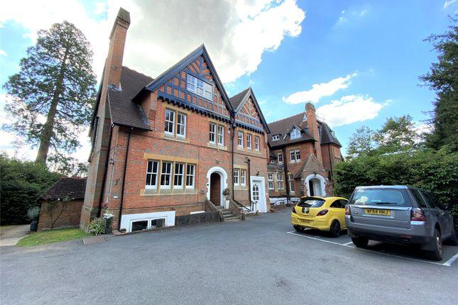 Picture No. 18 of Longdown Lodge, Crowthorne Road, Sandhurst, Berkshire GU47