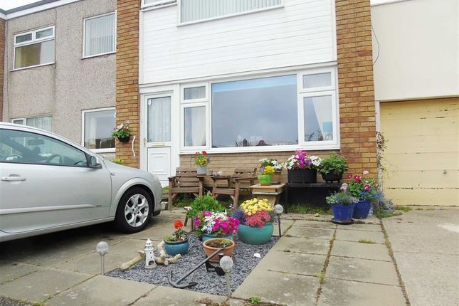 Thumbnail Flat for sale in Tower Court, Rhyl, Denbighshire
