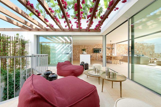 Villa for sale in Cala Conta, The Balearics, Spain