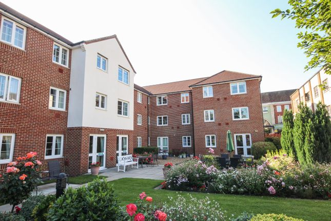 Thumbnail Property for sale in Bennett Court, Letchworth Garden City