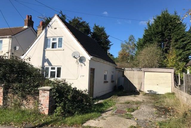 2 bedroom detached house for sale in Woodlands Road, Woodlands, Southampton