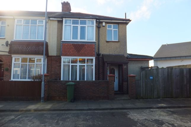 Thumbnail Semi-detached house to rent in Chestnut Avenue, Southsea