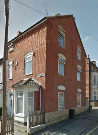 Terraced house to rent in Tudor Grove, Nottingham