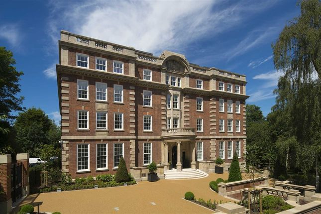 Thumbnail Flat for sale in Parklands, Cholmeley Park, London