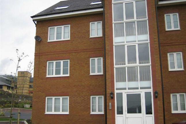 Thumbnail Flat to rent in Pankhurst Close, Guide, Blackburn