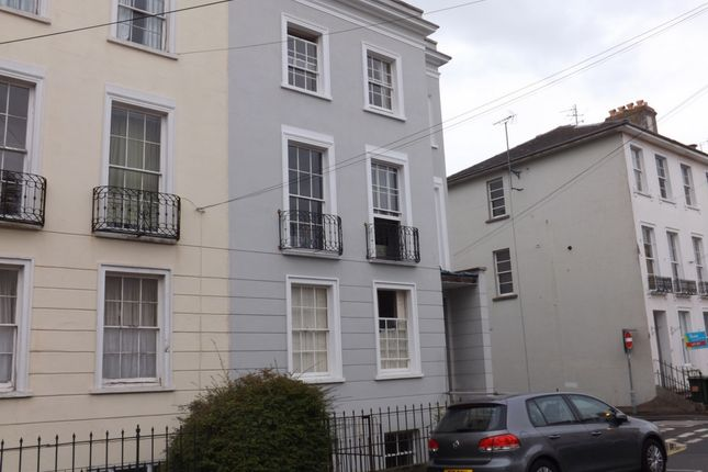 Thumbnail Shared accommodation to rent in Montpellier Villas, Cheltenham
