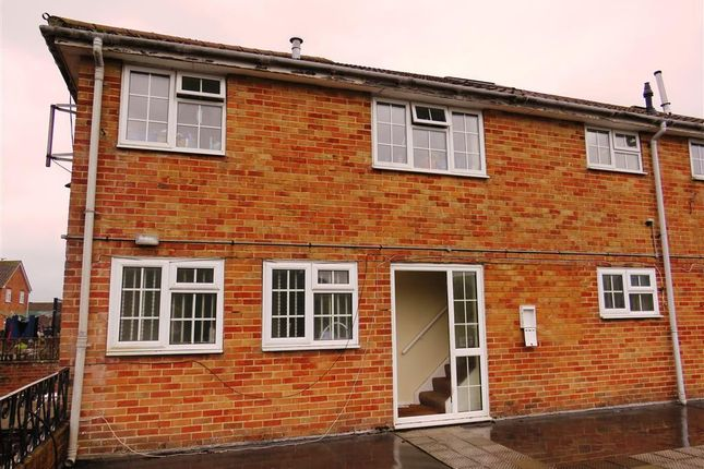 Thumbnail Maisonette to rent in Springett Avenue, Ringmer, Lewes