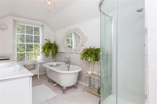 Bathroom of Whinfield Lane, Preston PR2