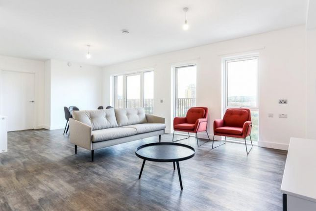 Thumbnail Flat to rent in Millet Place, London