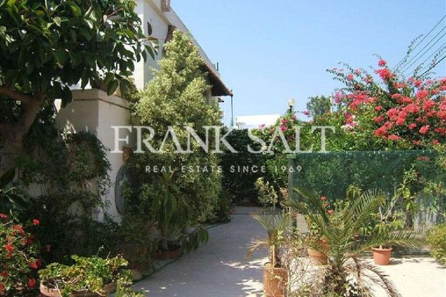 5 bed bungalow for sale in Madliena, Finished Detached Bungalow, Madliena, Malta