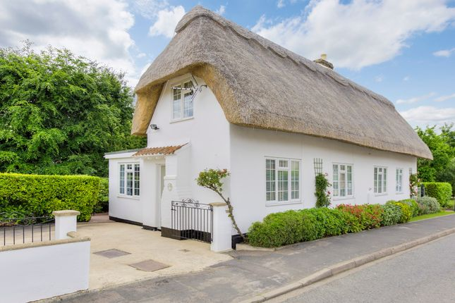 Thumbnail Cottage for sale in High Street, Longstanton, Cambridge, Cambridgeshire