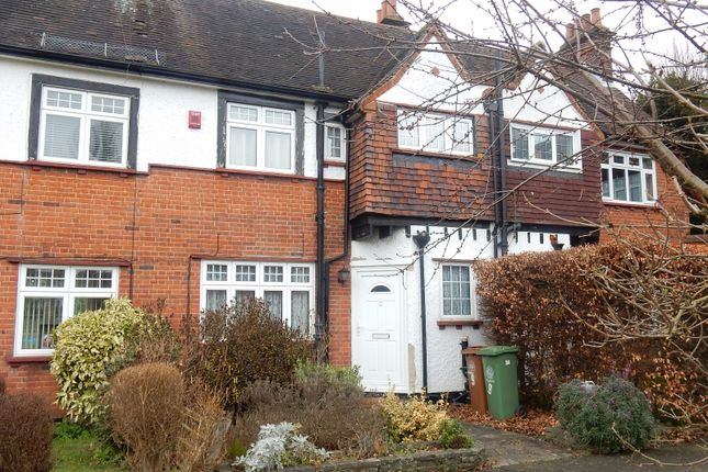 Thumbnail Terraced house to rent in Meadow Close, Sutton