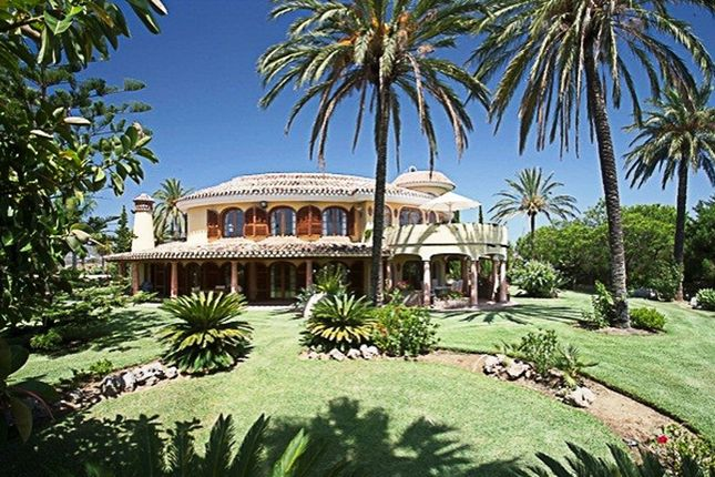 Thumbnail Villa for sale in La Cala De Mijas, Malaga, Spain