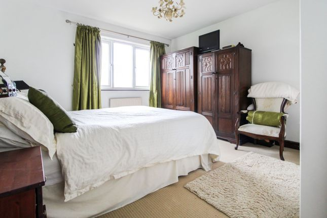 Bedroom One of York Road, Cliffe YO8