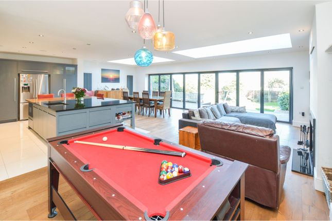 Thumbnail Detached house for sale in Crossways, Brentwood