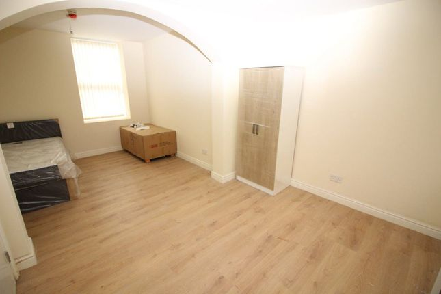 Thumbnail Flat to rent in Ff, Robson Street, Oldham
