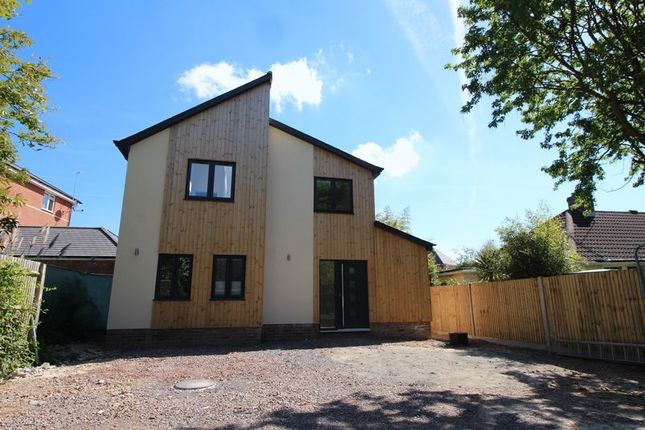 Thumbnail Detached house for sale in Brookside Drive, Locks Heath, Southampton