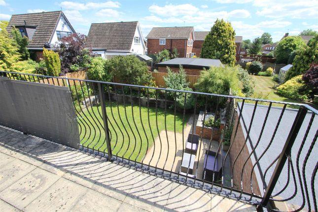 Balcony of Eleanor Grove, Ickenham UB10