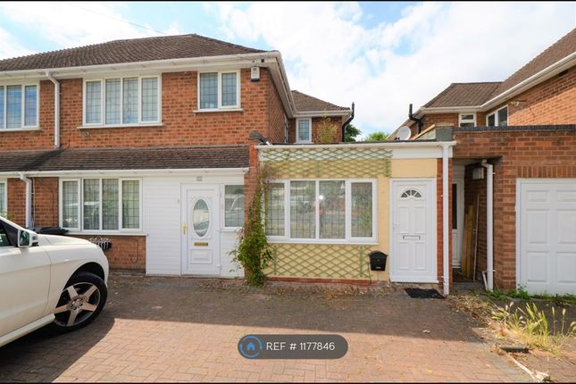 Studio to rent in Whitehouse Common Road, Sutton Coldfield B75