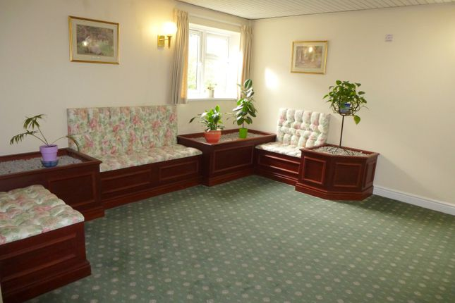 Communal Areas of Lowry Court, Mottram, Hyde SK14
