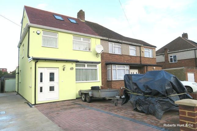 Thumbnail Semi-detached house for sale in Harvest Road, Feltham
