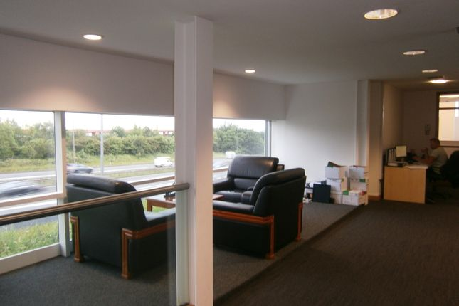 Thumbnail Office to let in Office 3, 4 Commondale Way, Bradford