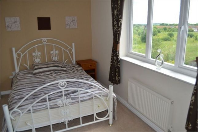 Thumbnail Town house to rent in Cavalier Court, Woodfield Plantation, Doncaster