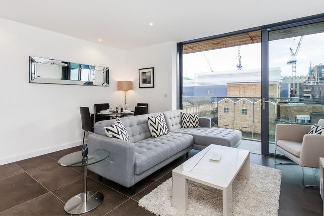 Flat to rent in Book House, 261A City Road, London