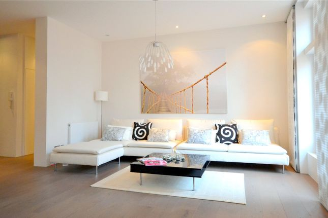 Thumbnail Flat to rent in Gordon Mansions, Torrington Place, London