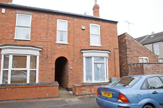 Thumbnail Semi-detached house to rent in Wake Street, Lincoln