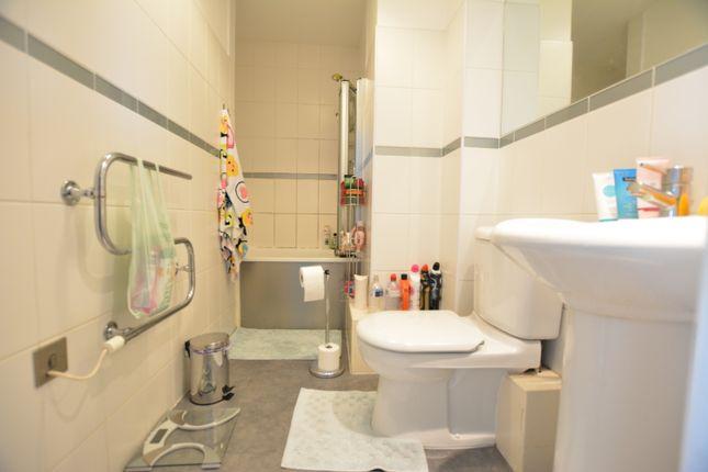 Bathroom of The Habitat, Woolpack Lane, Nottingham NG1