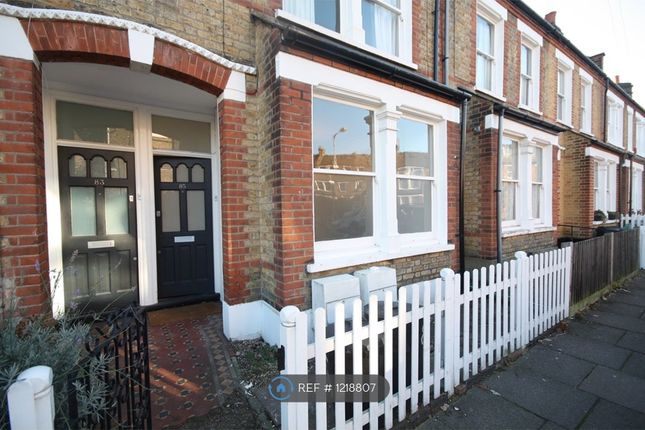 1 bed flat to rent in Smeaton Road, London SW18