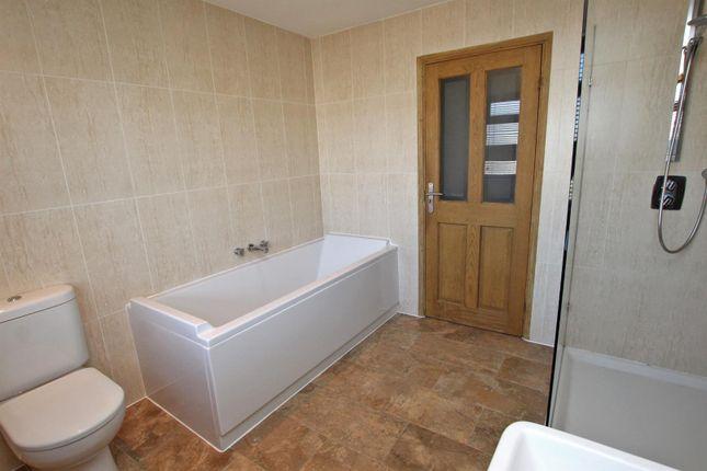 Bathroom of Middlebeck Drive, Arnold, Nottingham NG5