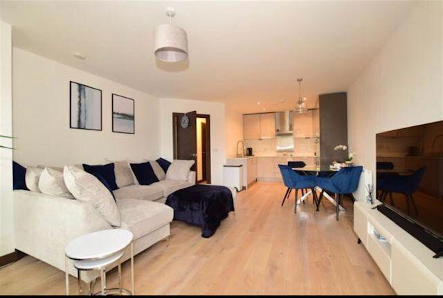 2 bed flat to rent in James Smith Court, Dartford DA1