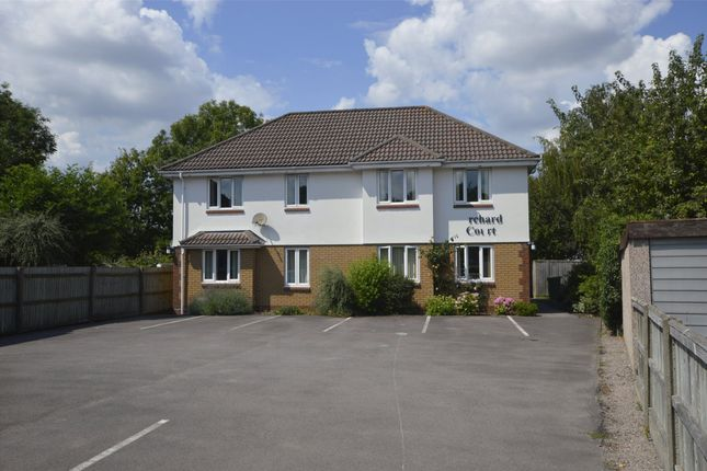 1 bed flat to rent in Orchard Court, Orchard Avenue, Cheltenham GL51