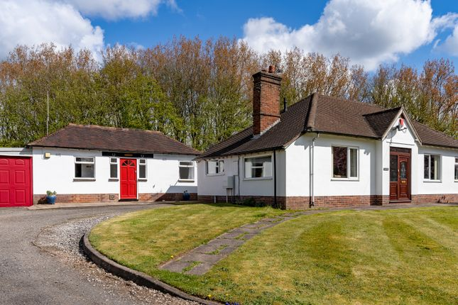 4 bed detached bungalow for sale in Newcastle Road, Madeley Heath, Madeley CW3