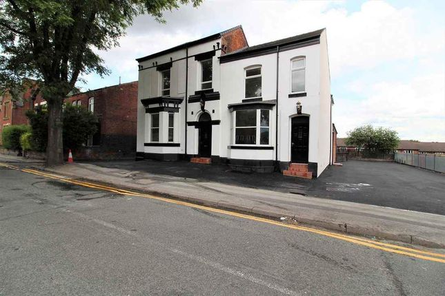Thumbnail Restaurant/cafe to let in Church Street, Farnworth, Bolton